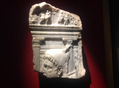 Rilievo con raffigurazione del Tempio di Quirino
